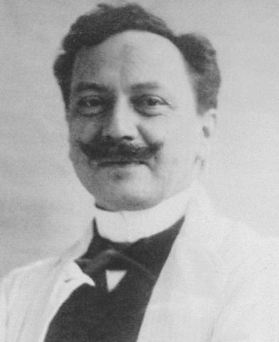 """Адольф Черни, великий немецкий педиатр, в 1905 году вводит понятие """"Экссудативный диатез""""."""